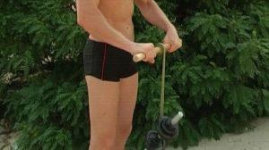 Упражнение с роллером для мышц предплечий и силы хвата
