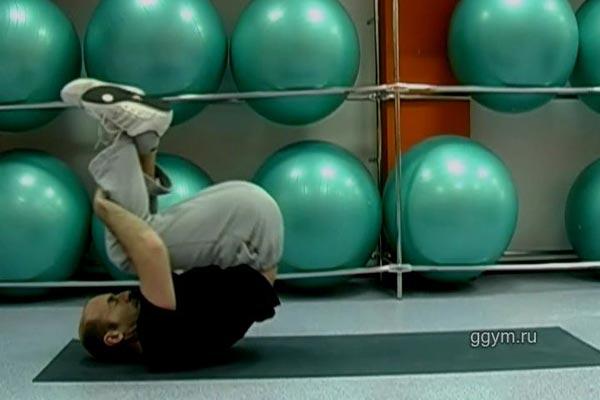 Упражнение для самоассажа мышц спины