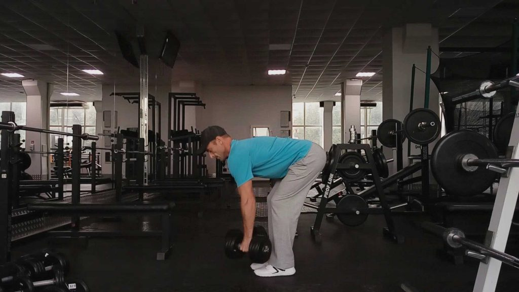 Упражнения с гантелями для спины. Тяга гантелей в наклоне
