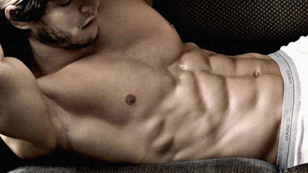 Почему выпирает пресс или как тренировать мышцы живота