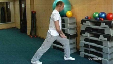 Разминочный комплекс растяжек перед силовой тренировкой