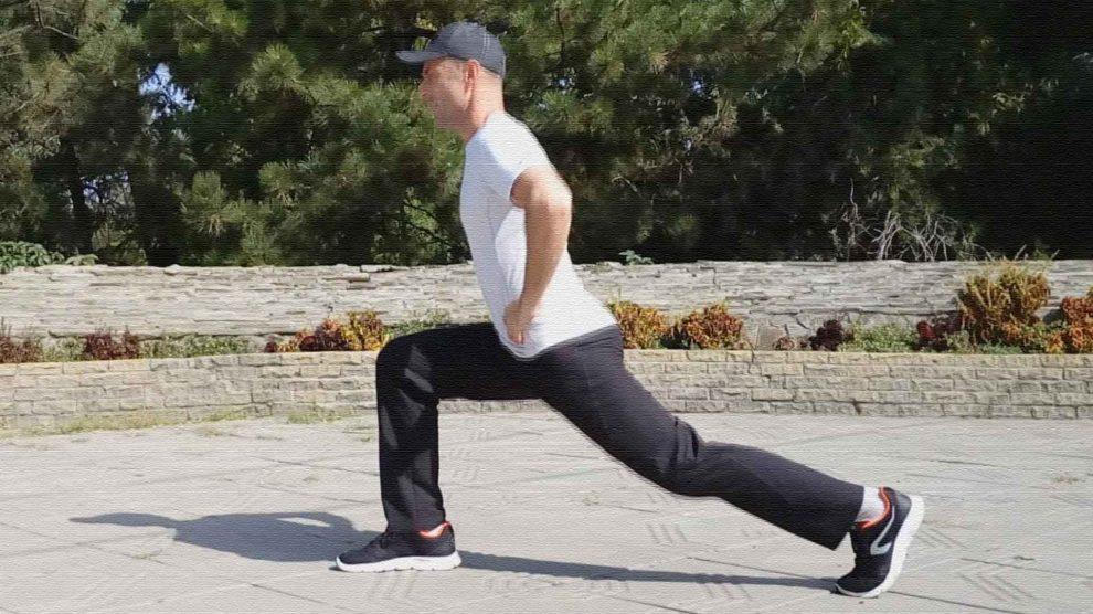 Разножка. Упражнение для мышц бедер и ягодиц.
