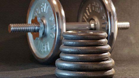 Как выбрать гантели для тренировок?