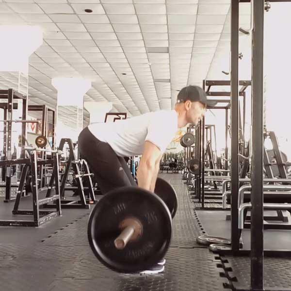 Упражнение мертвая тяга со штангой