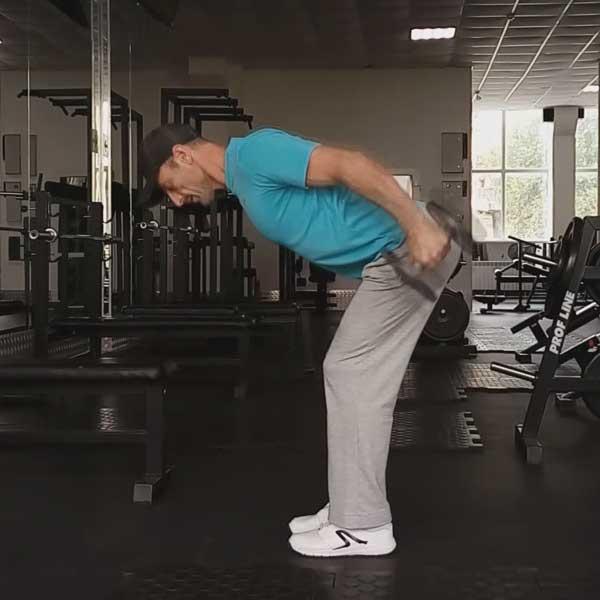Упражнение для спины с гантелями. Отведение рук назад в наклоне.